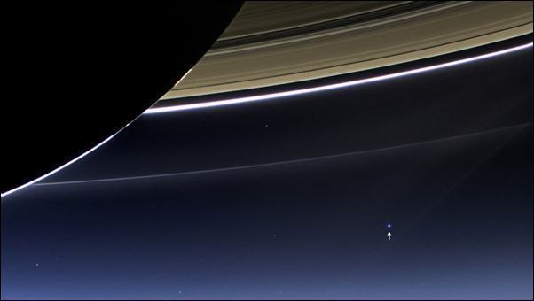earth-moon_from_saturn_1920x1080