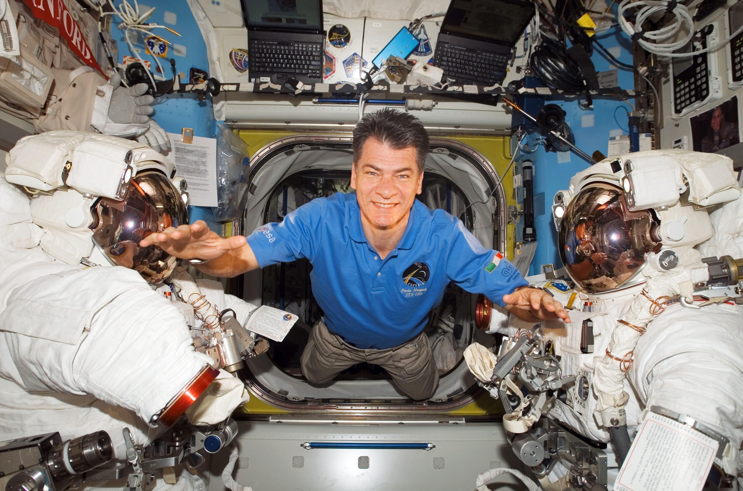 ESA_astronaut_Paolo_Nespoli_inside_the_Station_s_Quest_Airlock