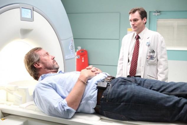 """HOUSE: House (Hugh Laurie, L) makes an effort to reconnect with Wilson (Robert Sean Leonard, R) in the """"Transplant"""" episode of HOUSE airing Monday, Oct. 10 (9:00-10:00 PM ET/PT) on FOX. ©2011 Fox Broadcasting Co. Cr: Adam Taylor/FOX"""