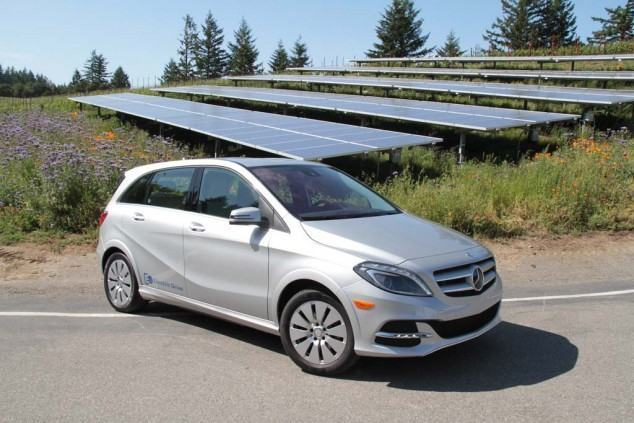 Mercedes-Benz-B-Class-Electric-Drive-front-3-4-with-solar-panels