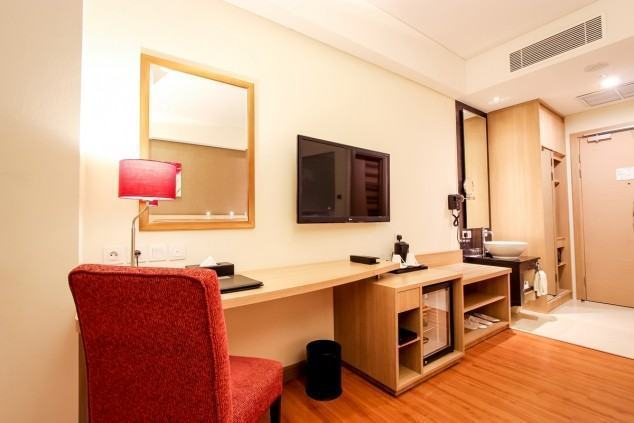 One-Set-Of-Hotel-Rooms-4