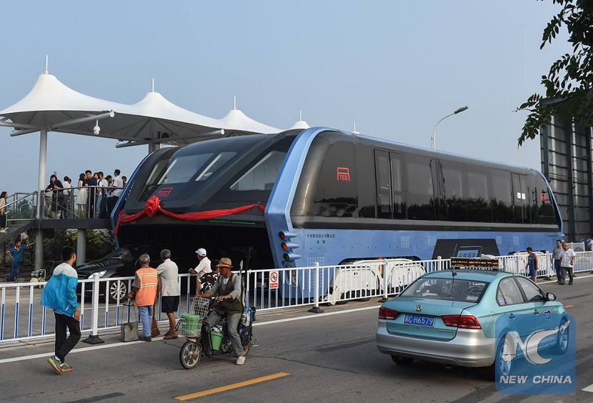 china-elevated-bus-002