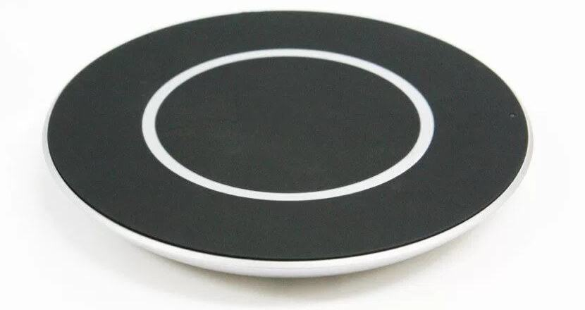 lg-wireless-charger-15-w-002