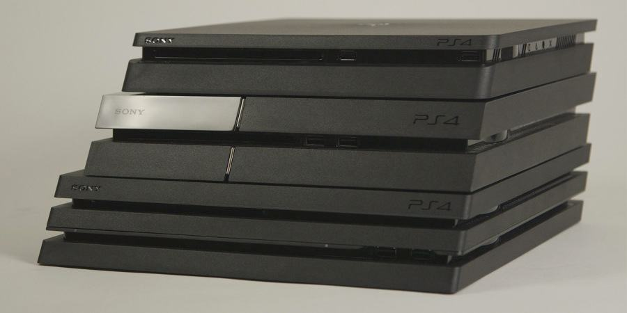 Laguna_PS4_stacked_front_side_angle_peq
