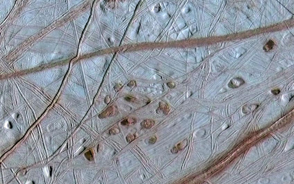 europa-icy-surface