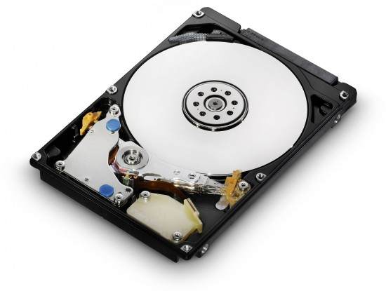 """Hitachi 7K500: 500 GB e 7200 RPM em 2.5"""""""