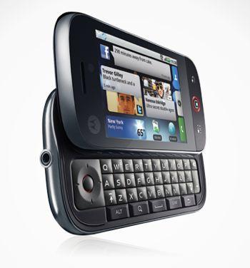 Motorola Cliq: visor touchscreen e teclado QWERTY.