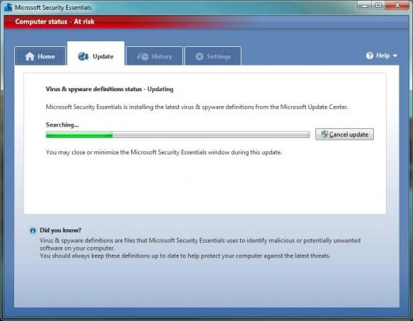 Microsoft Security Essentials busca novas definições de vírus e spywares. (+)