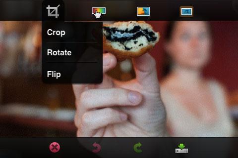 Photoshop para iPhone em funcionamento. (Reprodução/CNET)