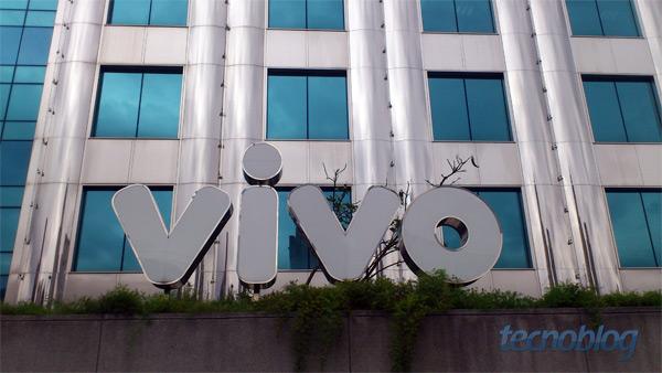 Prédio da Vivo em São Paulo (foto: Thássius Veloso / Tecnoblog)