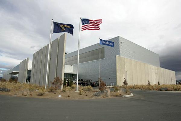Atual datacenter do Facebook em Prineville (foto: reprodução / Wired.com)