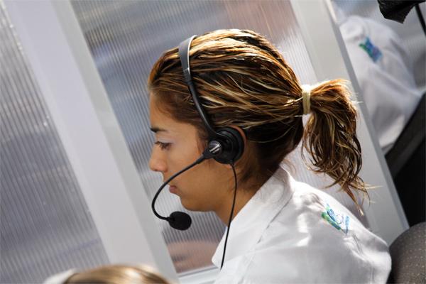 Funcionária de call center (foto: SXC)