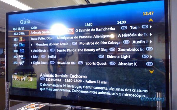 Grade de programação da Vivo TV Fibra (foto: Thássius Veloso / Tecnoblog)