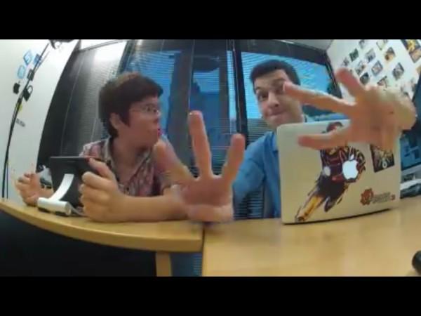 Exibição em tela cheia do videocast feito por um veículo concorrente :B