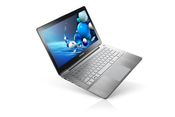 Series 7 Ultra: hardware potente, touchscreen e corpo de ultrabook