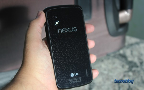 nexus4-traseira