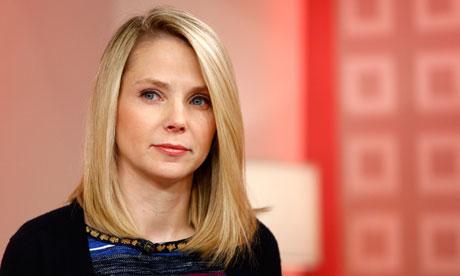 Marissa Mayer, a poderosa CEO do Yahoo, que aceitou o cargo enquanto estava grávida, deixando muita gente de queixo caído