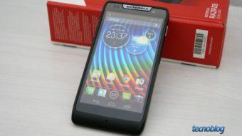 Motorola RAZR D3 é um smartphone intermediário com bom desempenho