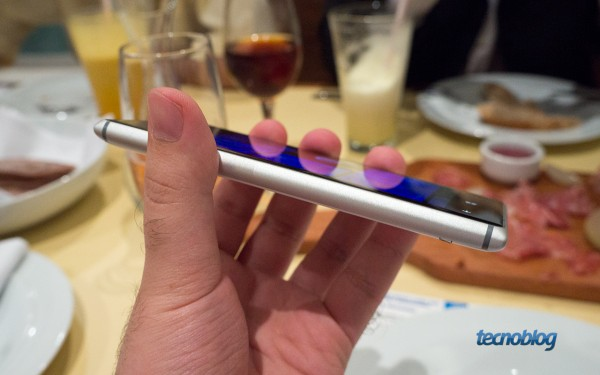 nokia-lumia-925-hands-on-lateral