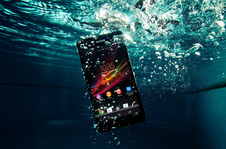 Sony revela Xperia ZR, um Android que filma e tira fotos debaixo d'água – Tecnoblog