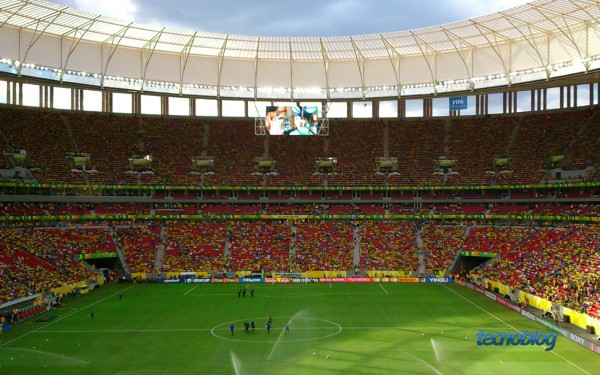 estadio-nacional-brasilia-xperia-sp