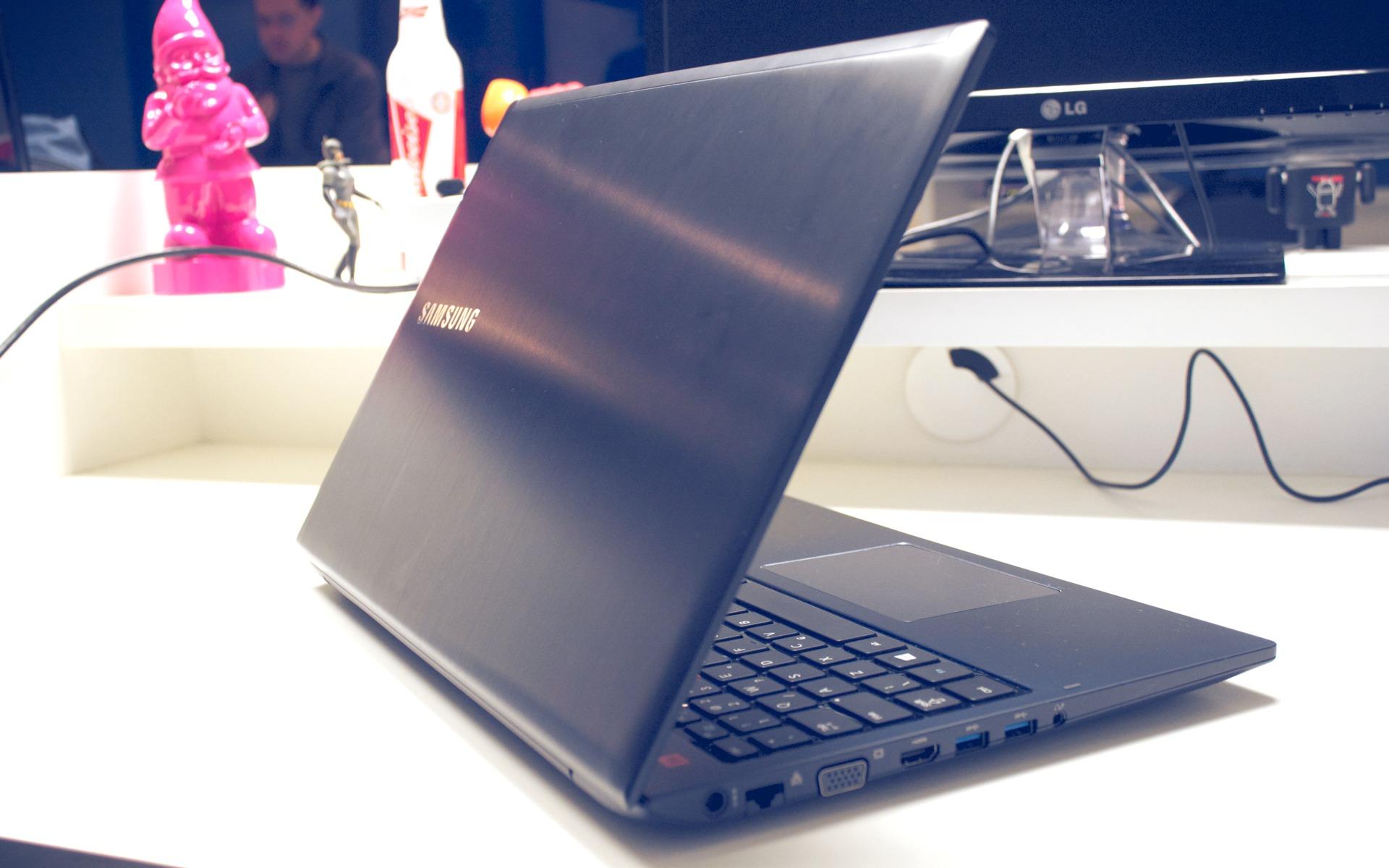 Notebook samsung lançamento 2013 - A Samsung Recentemente Fez Uma Limpa Na Linha De Notebooks A Come Ar Pelos Nomes Que Foram Padronizados Ativ Book Seguido De Algum N Mero Para Indicar
