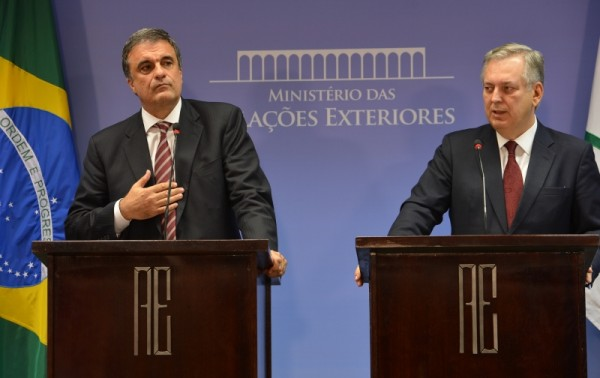 José Eduardo Cardozo e Luiz Alberto Figueiredo cobram explicações imediatas da Casa Branca