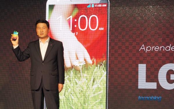 LG G2 é apresentado por Cesar Byun, presidente da LG Brasil
