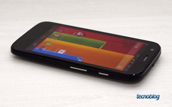 moto-g-lateral