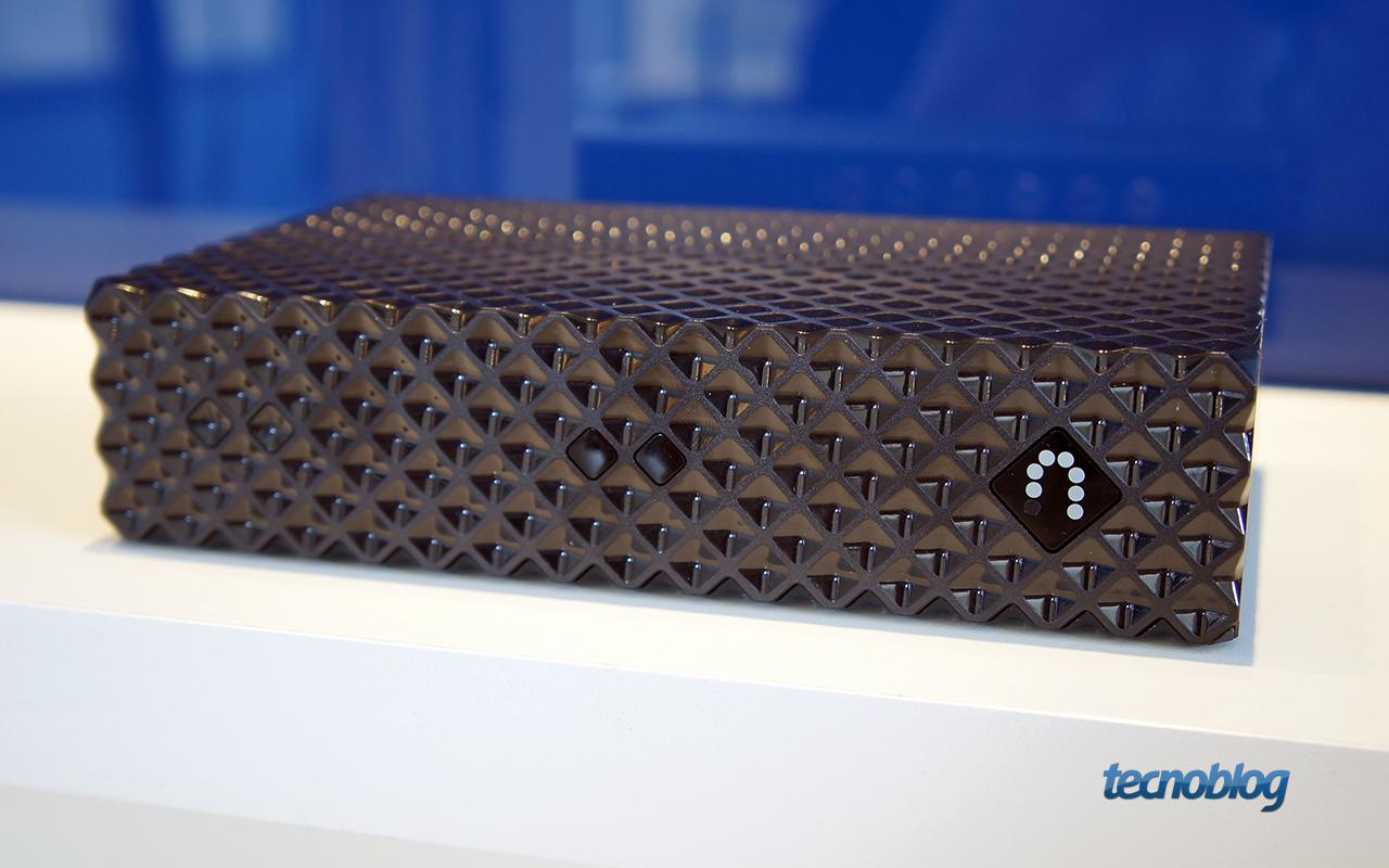 O que é o Slingbox, equipamento que distribui o sinal da sua TV pela internet e está sendo lançado no Brasil – Tecnoblog