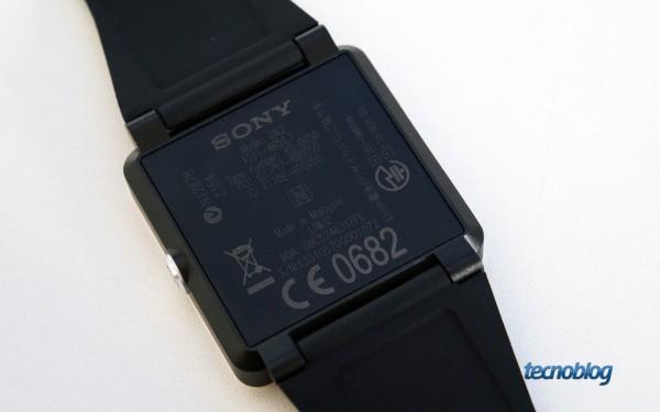 sony-smartwatch-2-traseira