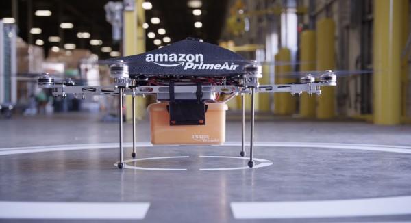 Drone da Amazon no chão