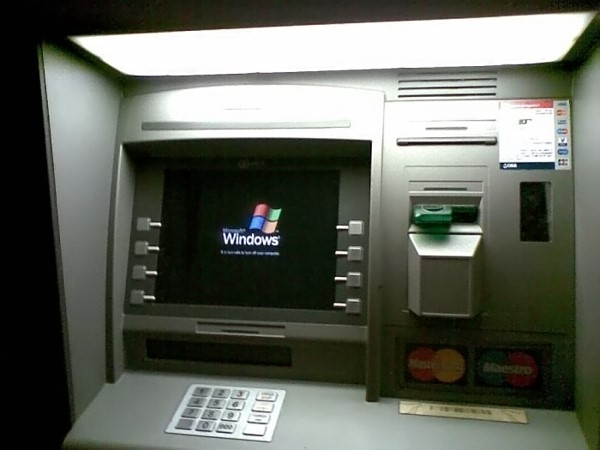 Caixa eletrônico com Windows XP