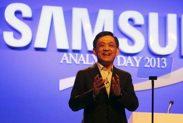 Guerra de patentes: CEOs da Apple e Samsung marcam encontro para negociar uma trégua – Tecnoblog