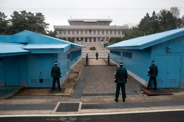 20100506_north_korea_dmz_war02