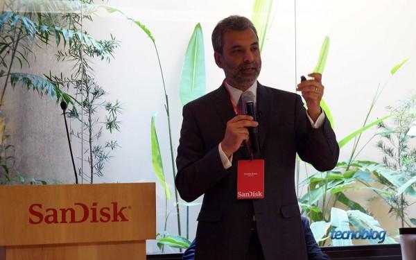 Dinesh Bahal, vice-presidente de marketing da SanDisk, veio ao Brasil para lançar o SanDisk Ultra Dual USB Drive e outros pen drives