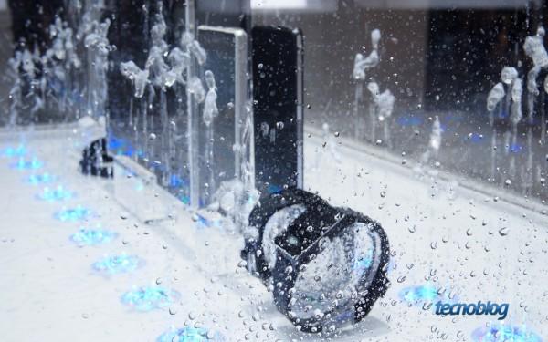 sony-xperia-z2-agua