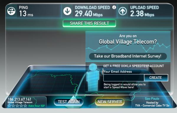 Mesmo estando sozinho na rede, é impossível atingir mais de 30 Mb/s – e com uma conexão de 35 Mb/s, usar esse roteador significa não aproveitar a banda larga