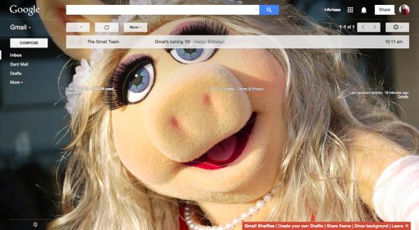 Gmail Shelfie - Pig