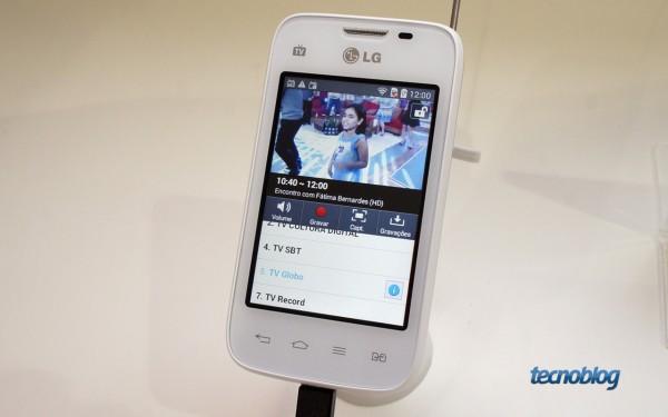LG L35: smartphone básico com TV digital por 399 reais