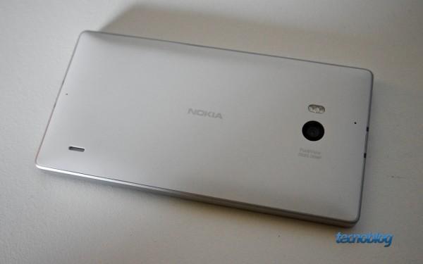 nokia-lumia-930-traseira