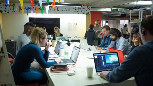 Espaço em Londres recebe startups e visitantes (Imagem: Divulgação / Google)