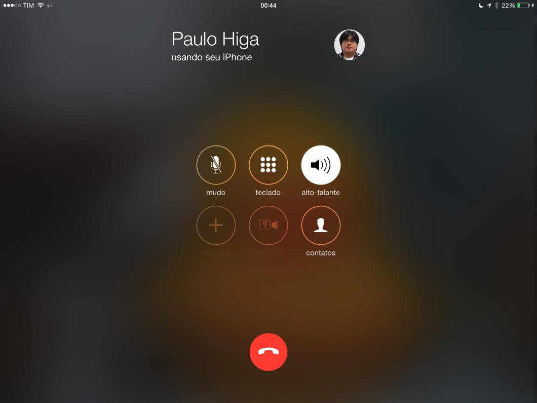 A ligação sai do iPhone, mas é feita pelo iPad (!!!)