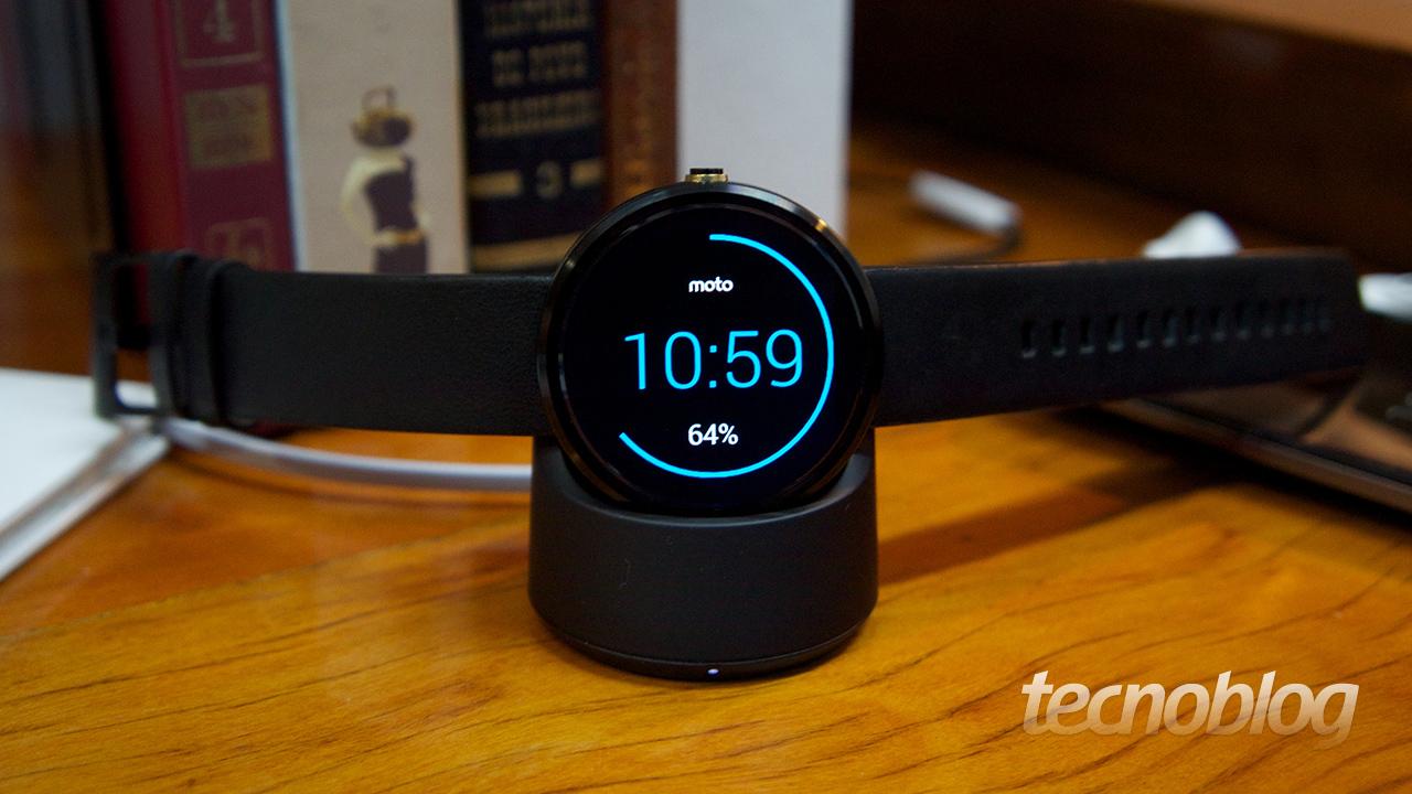 00f469be044 Moto 360 será lançado no Brasil por R  899 – Tecnoblog