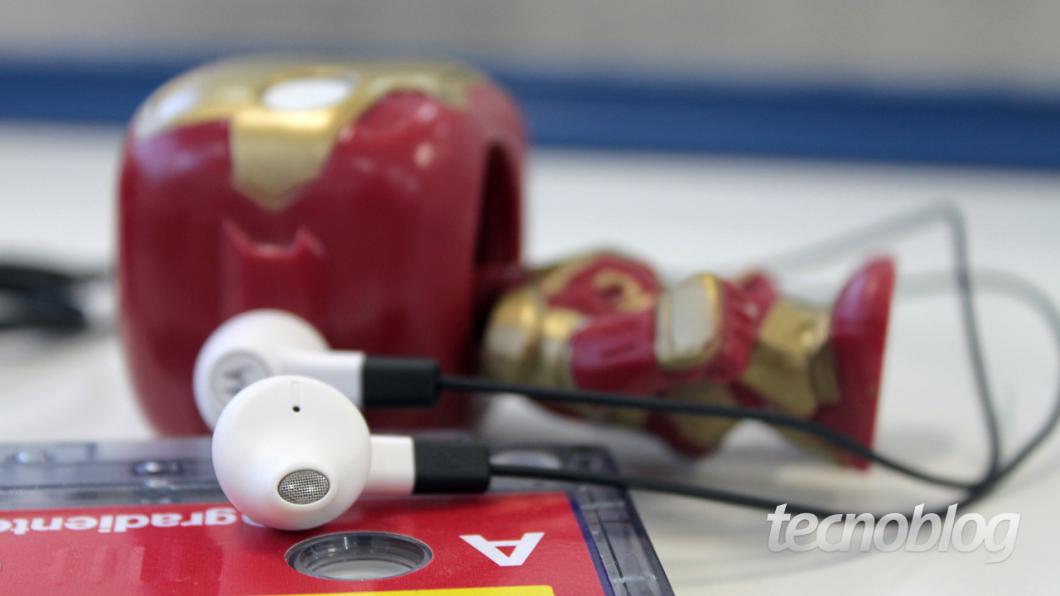 Moto-X-2014-07--fone-earbuds
