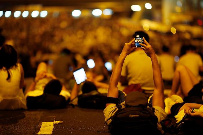 Manifestantes conectados