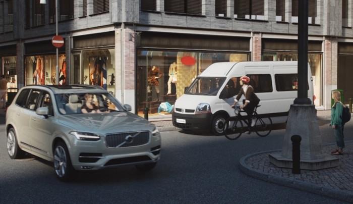 Volvo: carro x ciclista