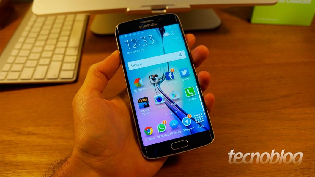 Tela de 5,1 polegadas é o destaque na parte frontal do dispositivo (Foto: Thássius Veloso / Tecnoblog)