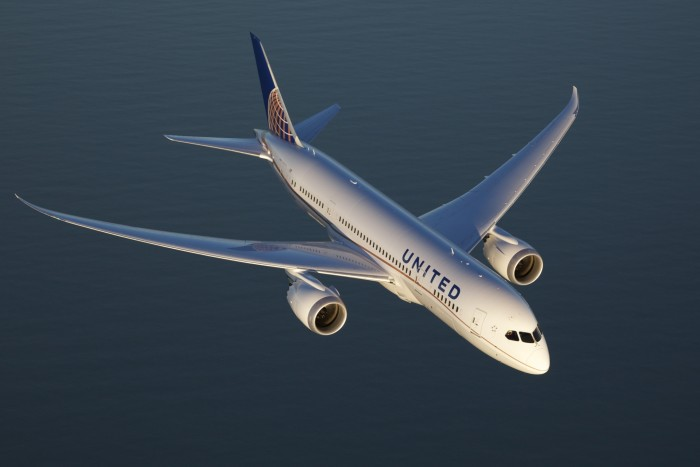 united-boeing-787-a