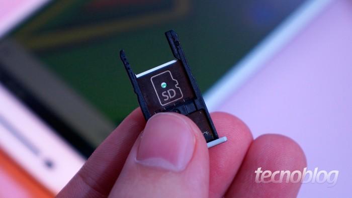 Bandeja do cartão microSD do Moto X Play / cartão SD Android